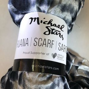Micheal Stars Ruana Scarf Sarong One Size fit All